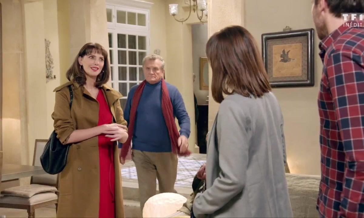 Angélina invitée chez Thomas à sa grande surprise !