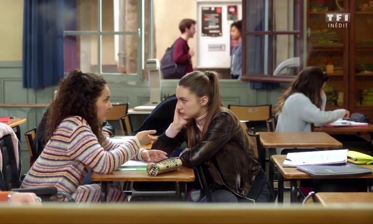 Eva raconte à Jessica comment elle s'est retrouvée en fauteuil (épisode 191)