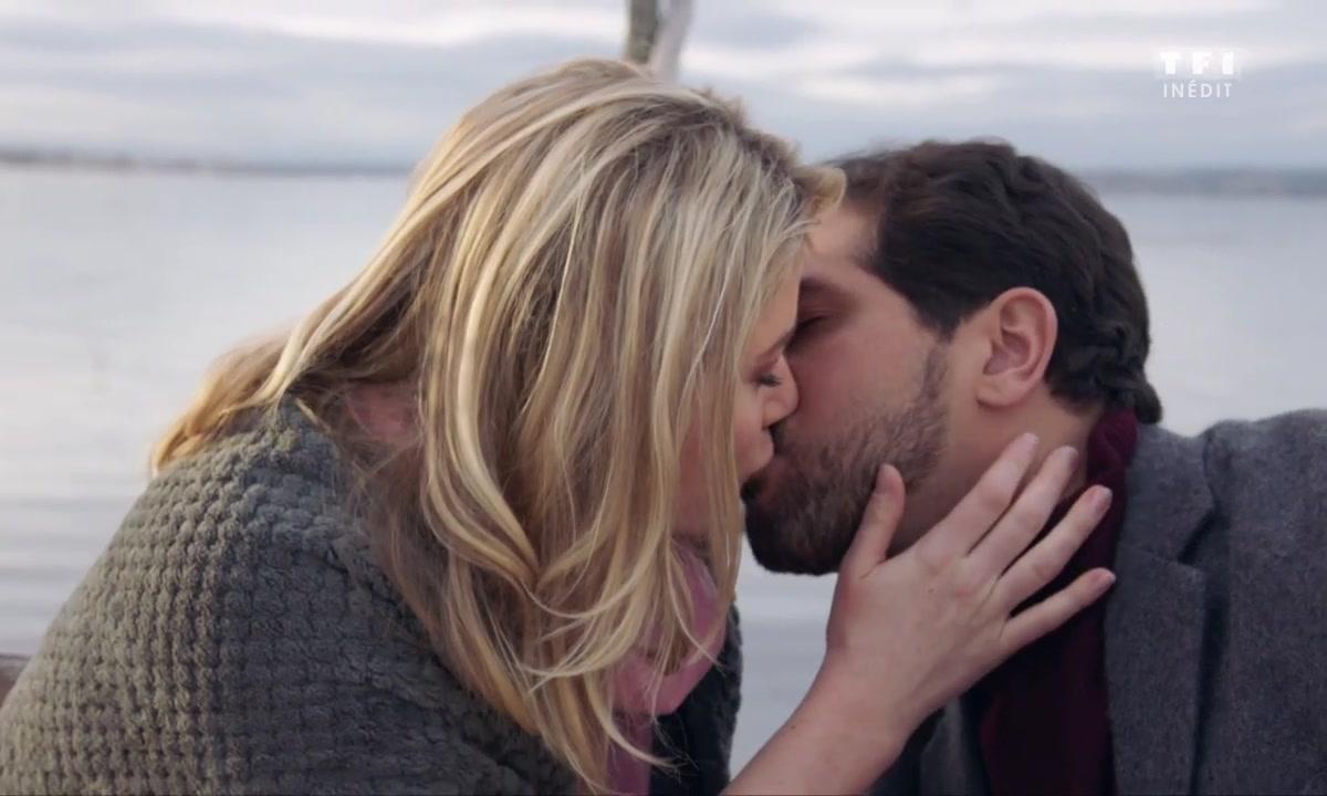 KISS MOMENT - Karim se fait pardonner par sa belle 😘😚