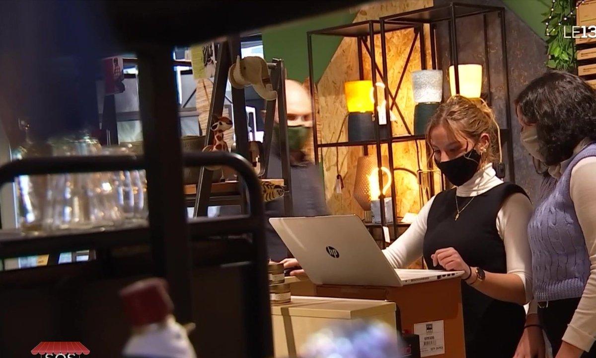 Des petits pro de l'informatique viennent aider les commerçants à créer leur site