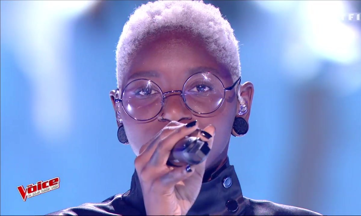 Emmy Liyana - « California Dreamin' » (The Mama & ThePapas) (Direct 1 - Saison 6)