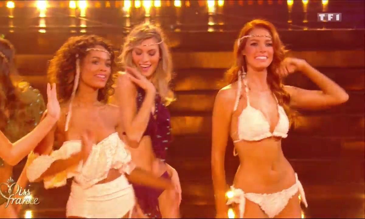 Miss France 2018 – Les 12 Miss en BIKINI hippie chic au Festival Coachella