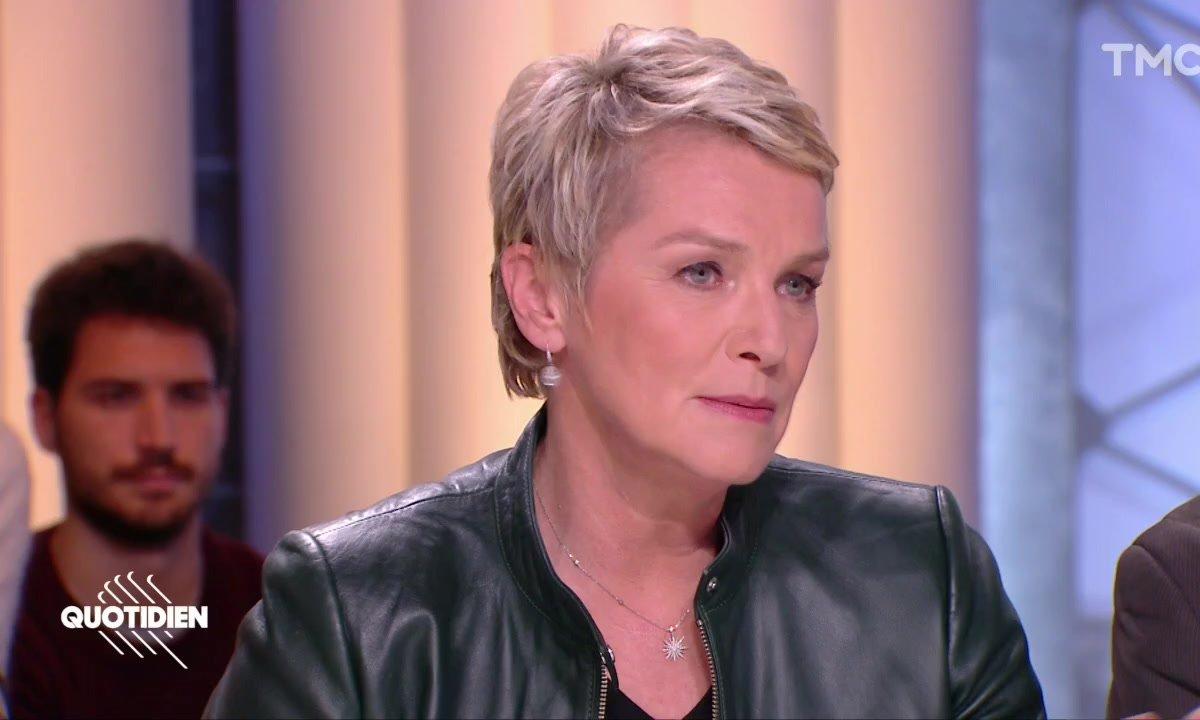 """Elise Lucet : """"Prendre les journalistes pour cible, c'est trop facile"""""""