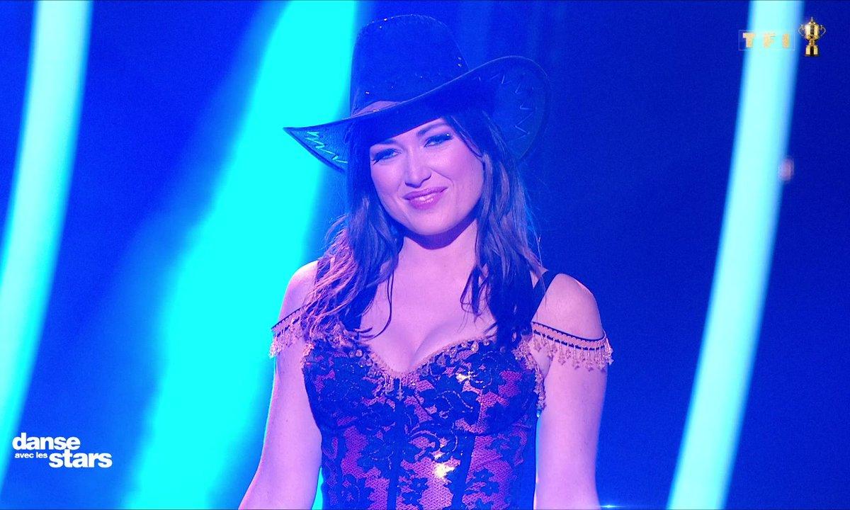 DALS - Elsa Esnoult et Anthony Colette - Quickstep - Glee (Halo / Walking on sunshine)