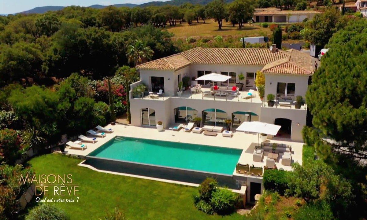EXCLU - Visitez une villa moderne et son domaine privé