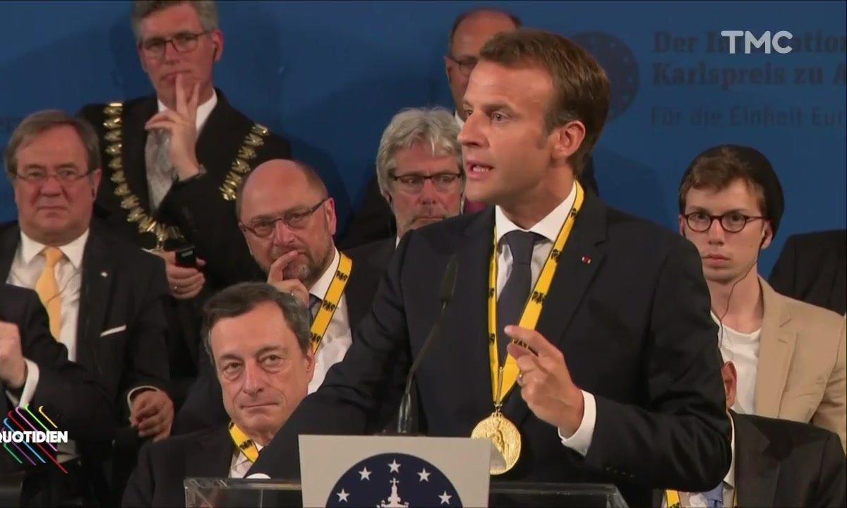 Emmanuel Macron en Allemagne : clin d'œil, prix Charlemagne et un peu (trop) d'assurance