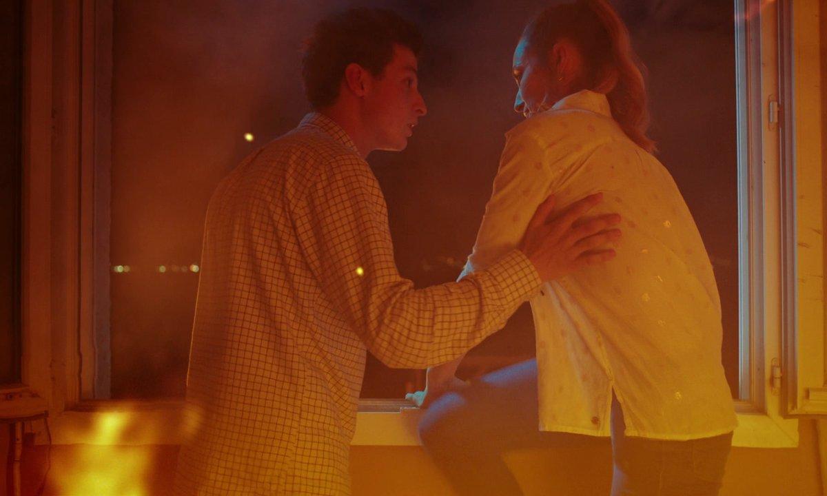 Incendie - Sofia et Arthur obligés de sauter par la fenêtre