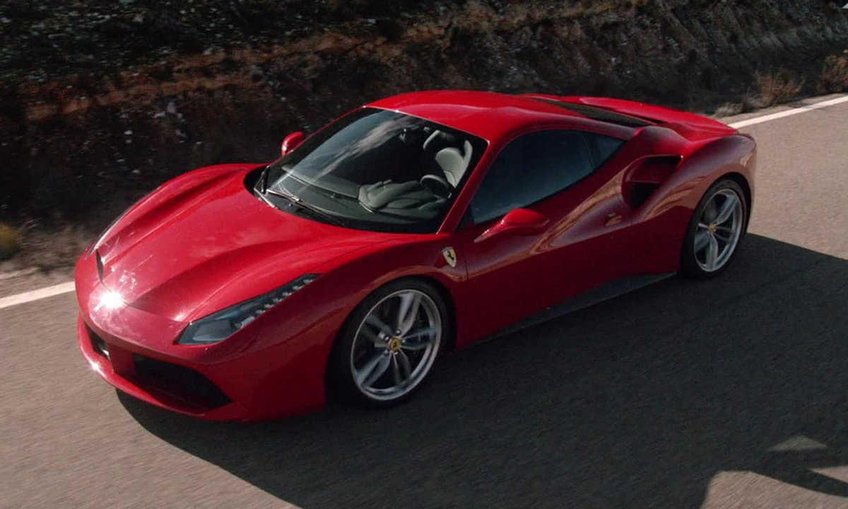 Ferrari 488 GTB 2015 : présentation officielle