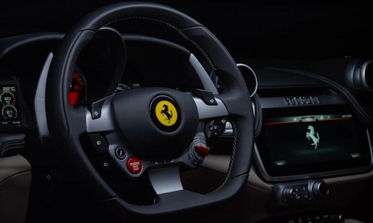 Ferrari GTC4Lusso 2016 : présentation officielle