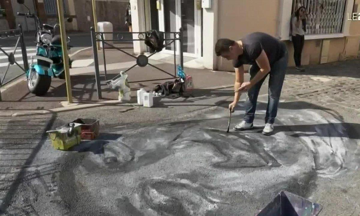 Festival de la craie à Saint-Raphaël : le trottoir, une toile pour les dessins éphémères