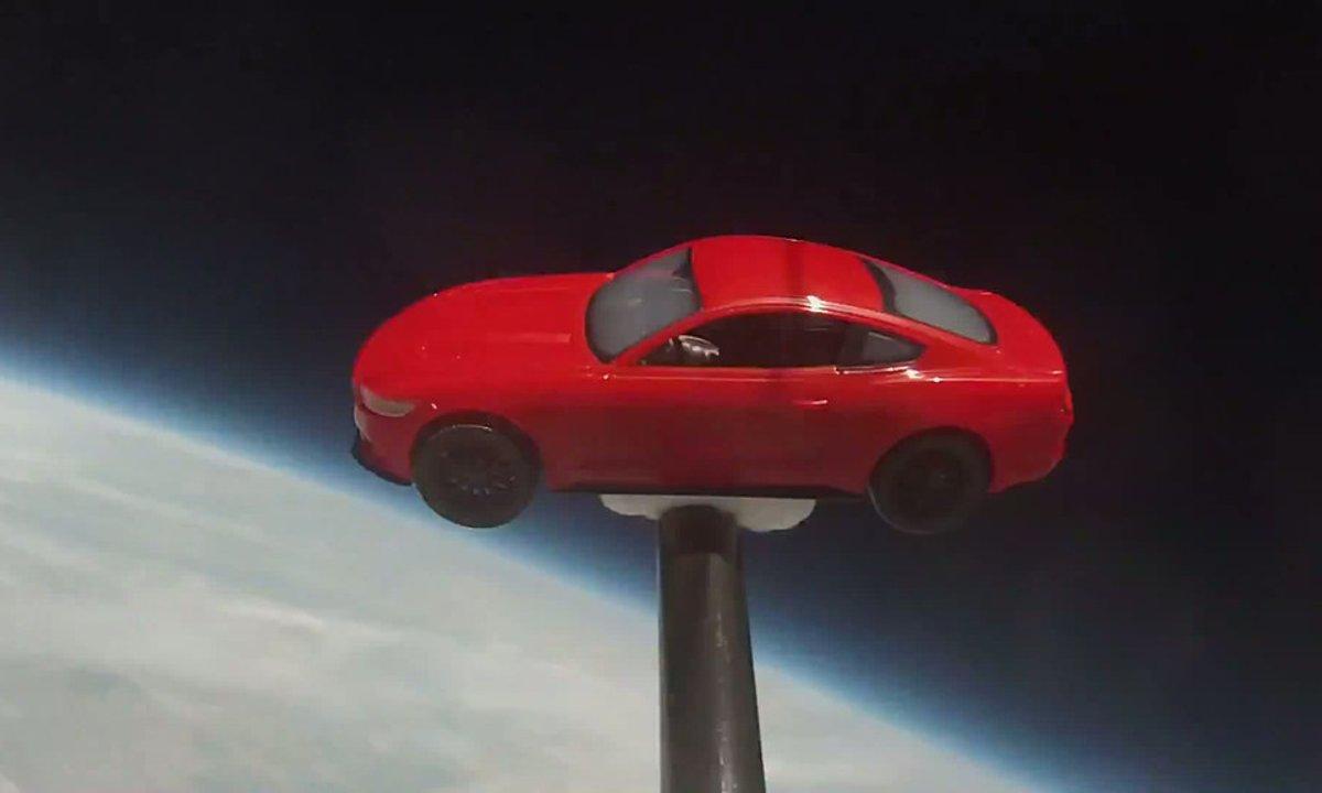 Insolite : une Ford Mustang dans l'Espace, enfin presque