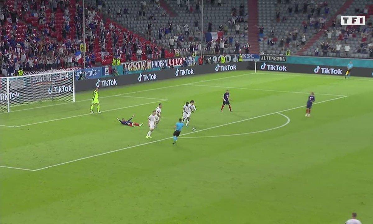 France - Allemagne (1 - 0) : Voir la course folle de Mbappé ! Penalty ou pas ?