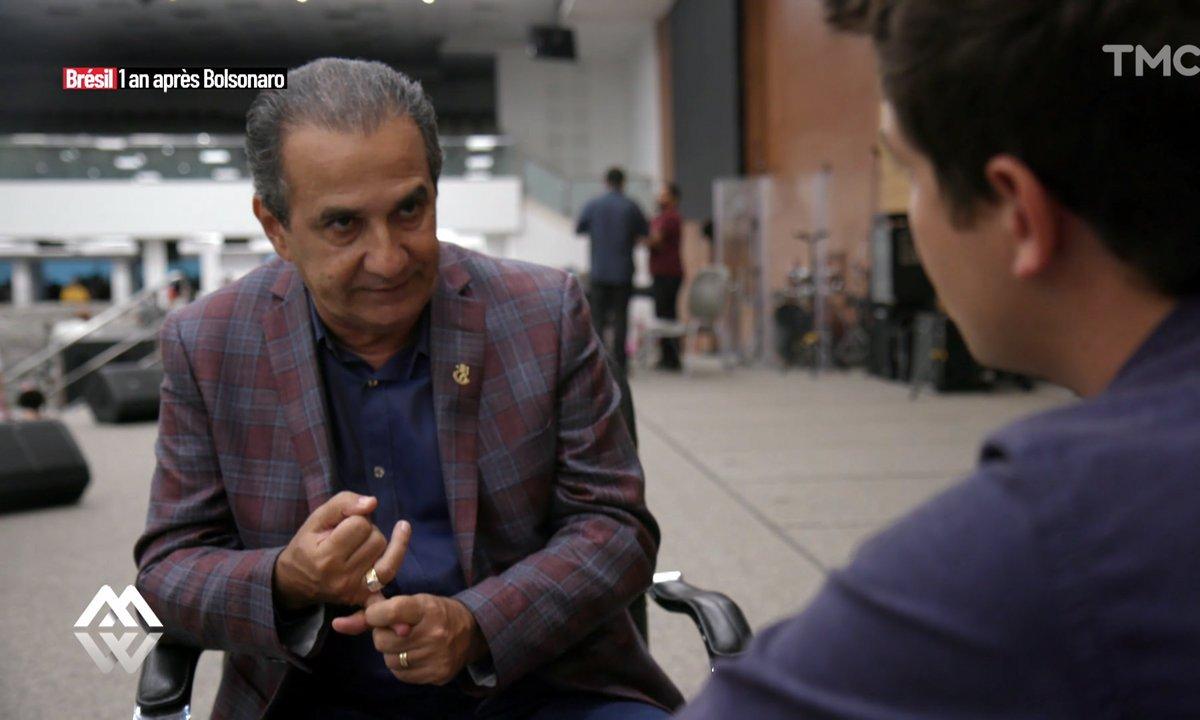 """""""Les gays veulent imposer leur culture à la société"""" : rencontre avec le pasteur qui murmure à l'oreille de Jair Bolsonaro"""