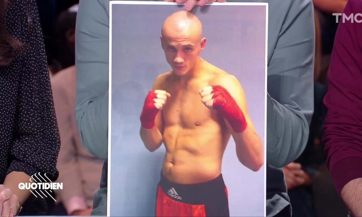 """Gilets jaunes : le """"boxeur de gendarmes"""" Christophe Dettinger pourra-t-il utiliser sa cagnotte ?"""