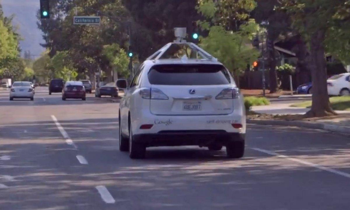Voiture autonome : Google montre ses avancées en milieu urbain