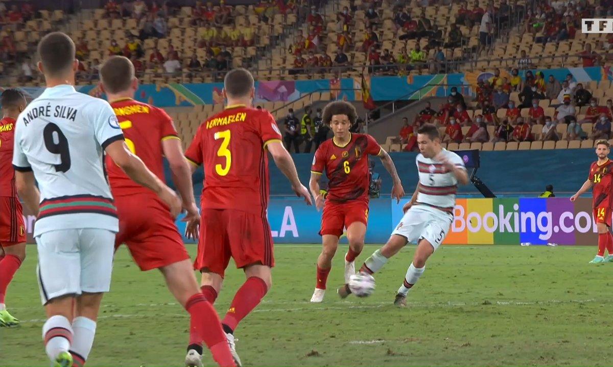 Belgique - Portugal (1 - 0) : Voir le poteau de Guerreiro en vidéo
