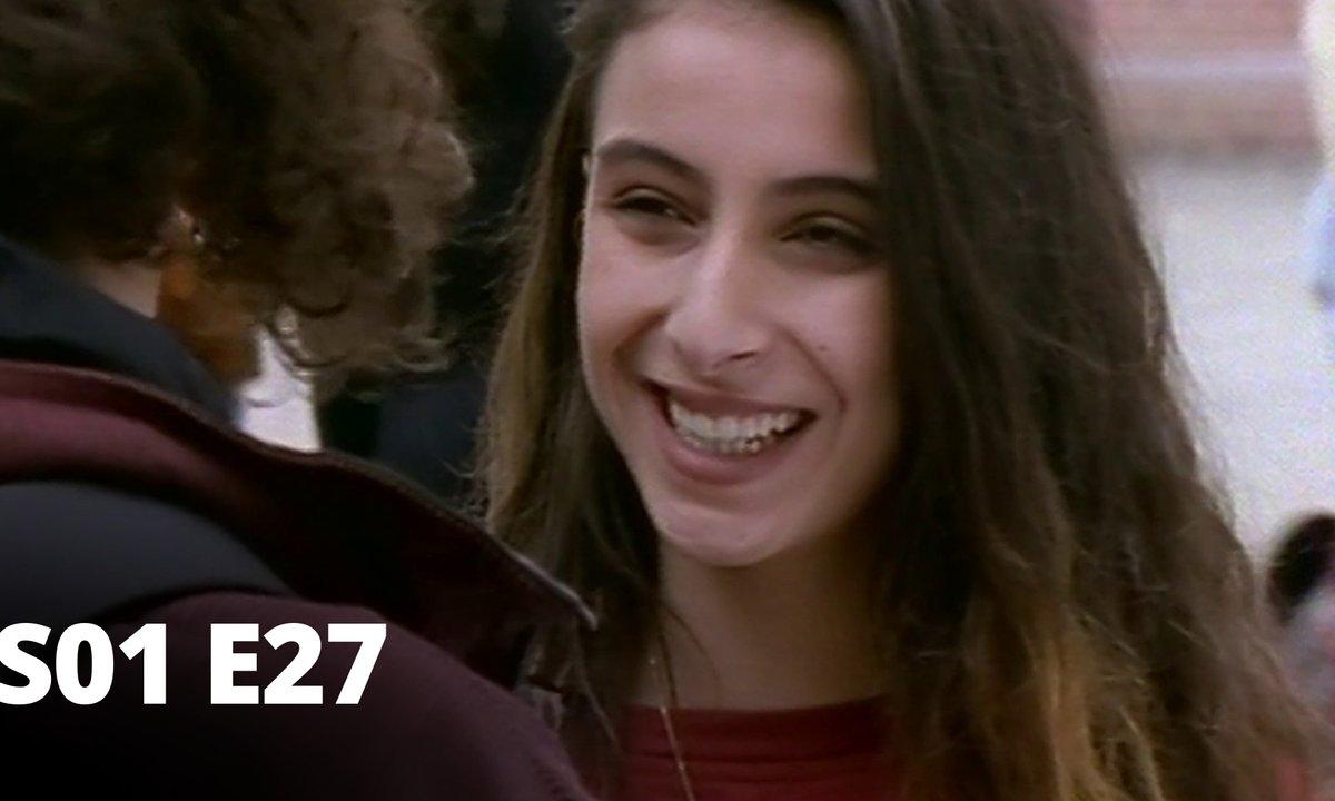 Hartley, coeurs à vif - S01 E27 - Rivalité