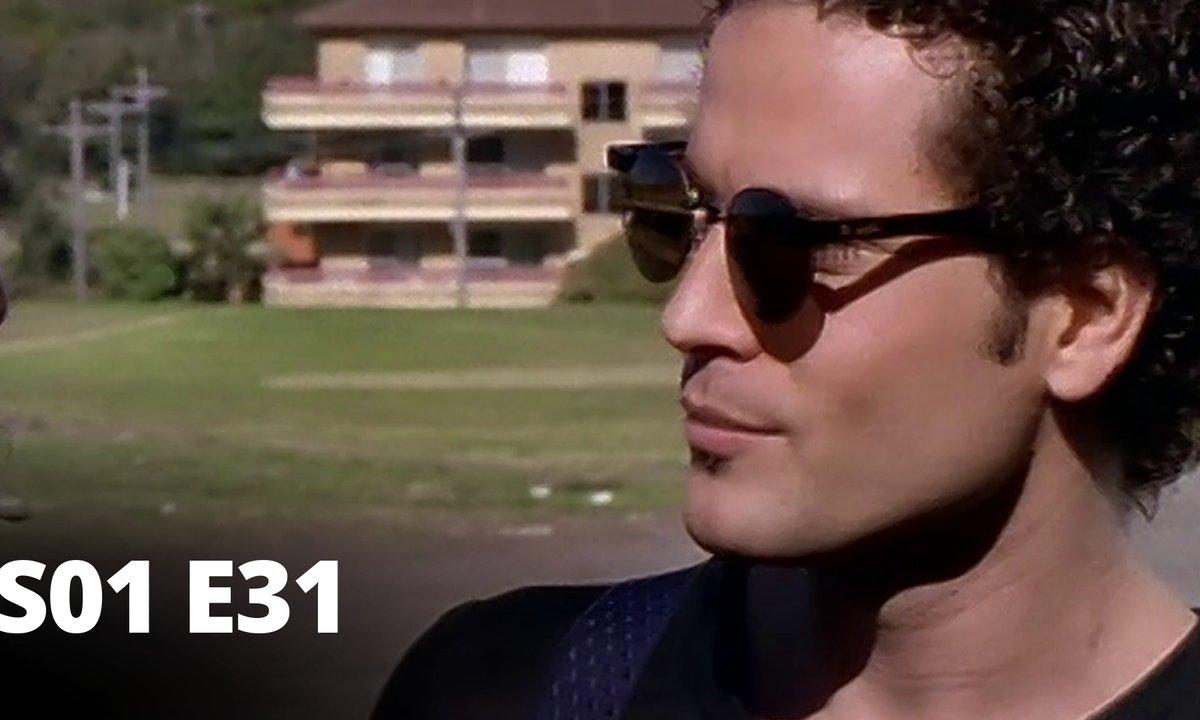 Hartley, coeurs à vif - S01 E31 - Rocco