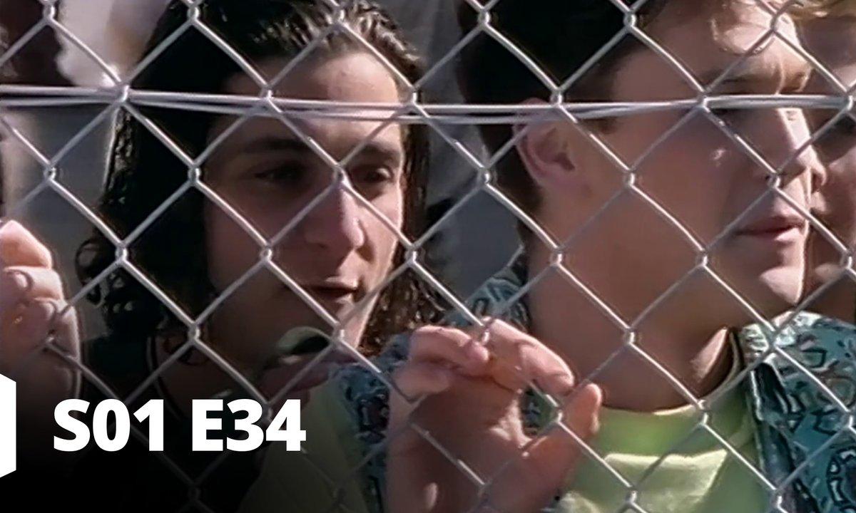 Hartley, coeurs à vif - S01 E34 - Relations amoureuses