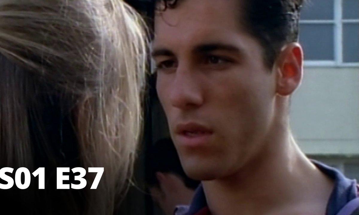 Hartley, coeurs à vif - S01 E37 - Naissance