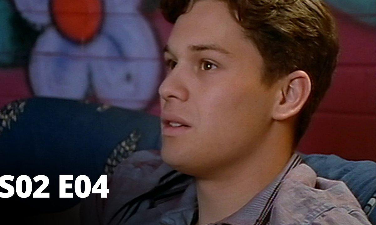 Hartley, coeurs à vif - S02 E04 - Caméra au poing