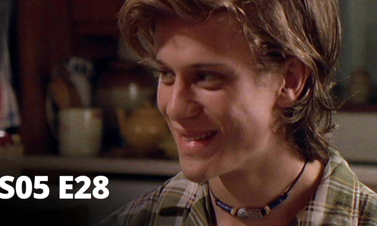 Hartley, coeurs à vif - S05 E28 - Culture différente