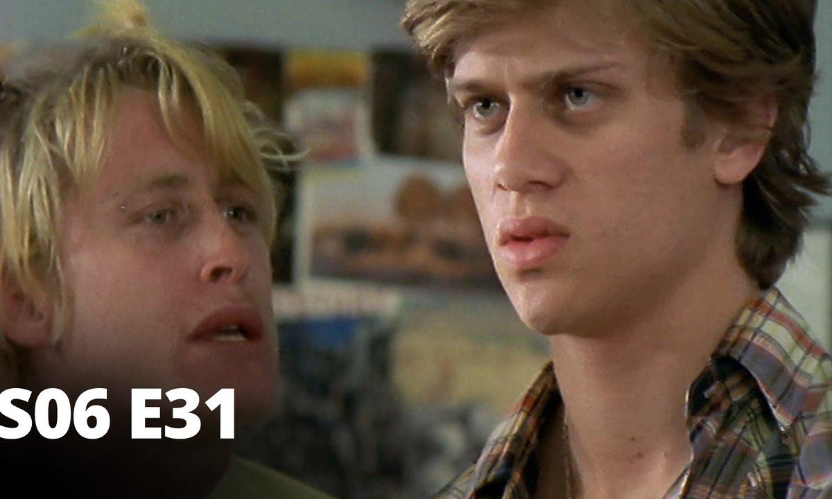 Hartley, coeurs à vif - S06 E31 - Inhibitions