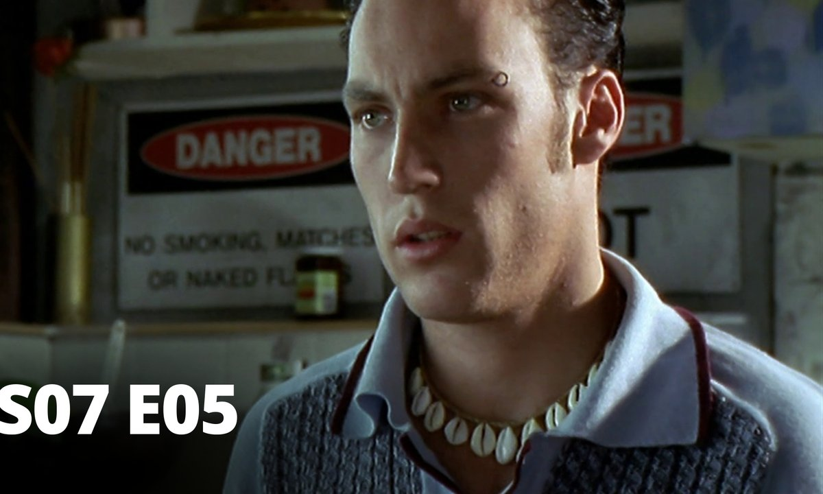Hartley, coeurs à vif - S07 E05 - Profiteur