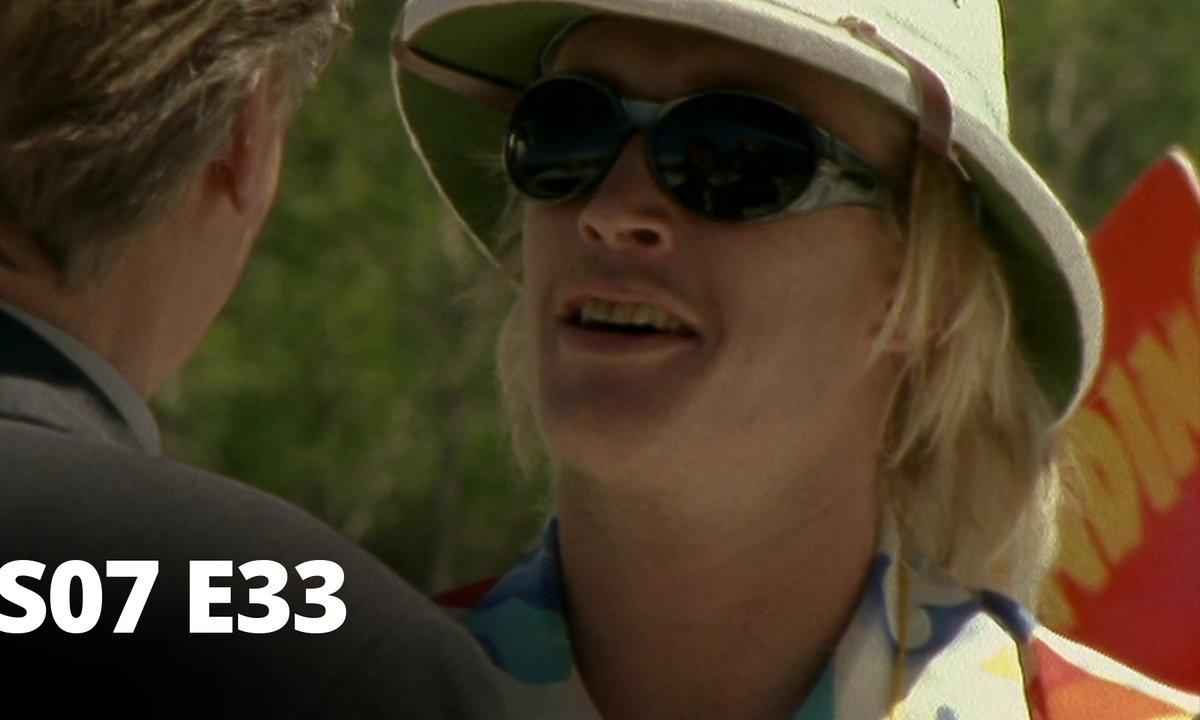 Hartley, coeurs à vif - S07 E33 - Un retour inattendu