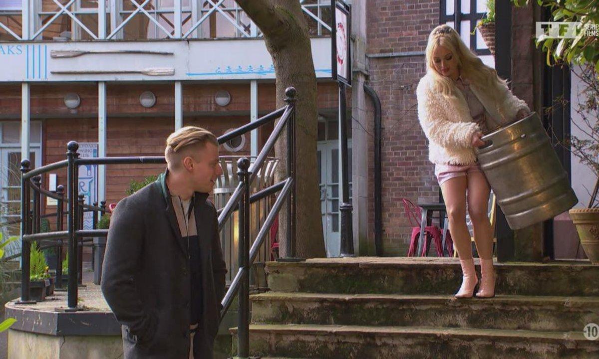 Hollyoaks : l'amour mode d'emploi - Episode du 14 septembre 2021