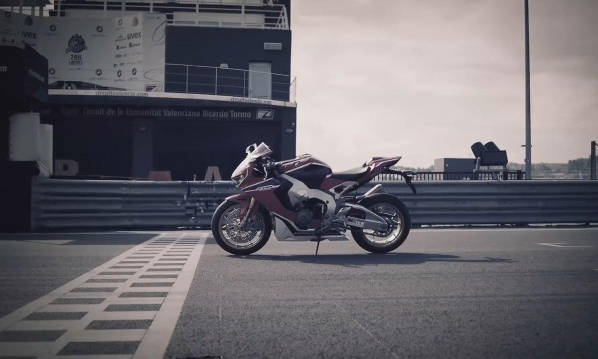 Honda CBR1000RR Fireblade 2017 : Présentation officielle