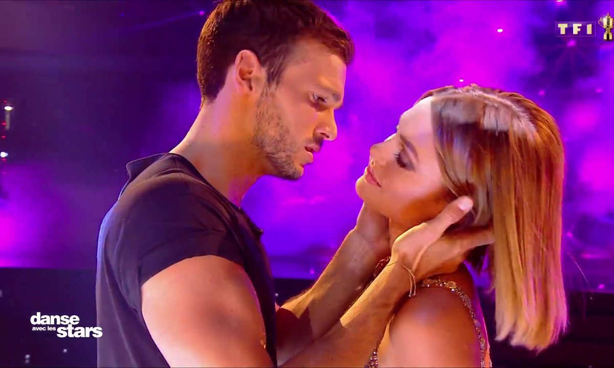 DALS - Hugo Philip et Caroline Receveur, leur baiser fougueux