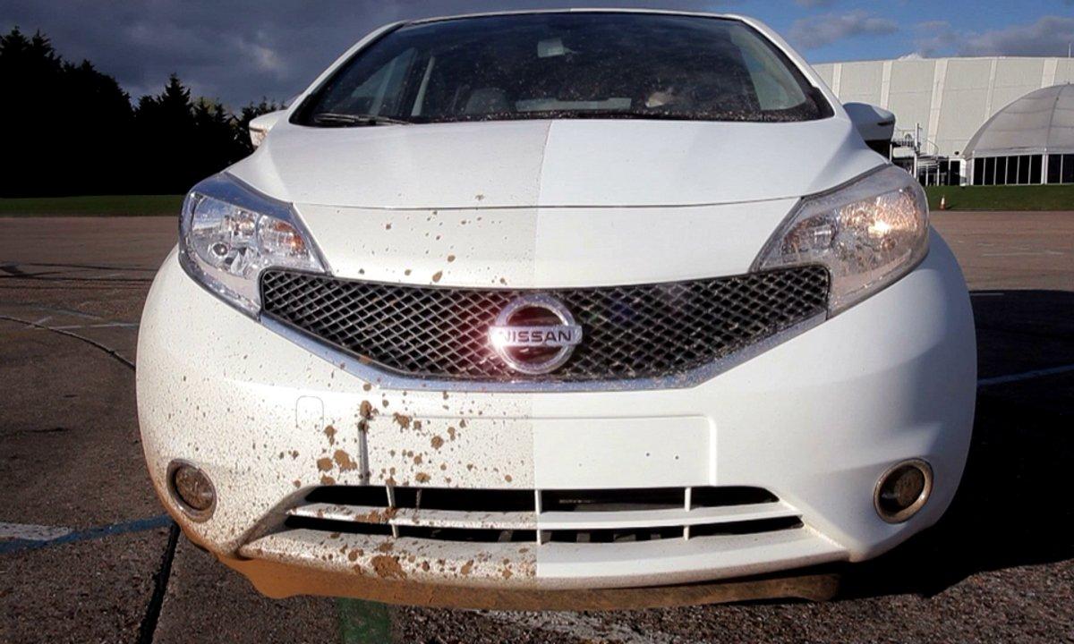 Insolite : Nissan présente la peinture auto-nettoyante
