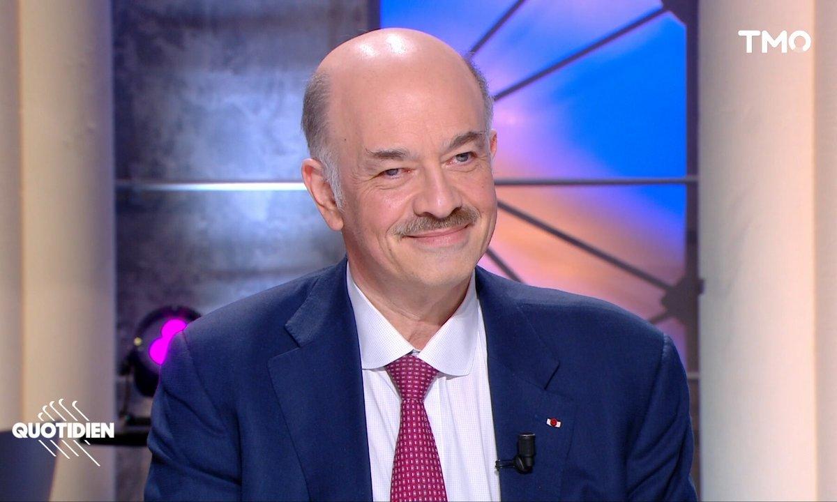 """Invité: Alain Bauer raconte l'histoire des """"Criminels les plus cons de l'Histoire"""""""
