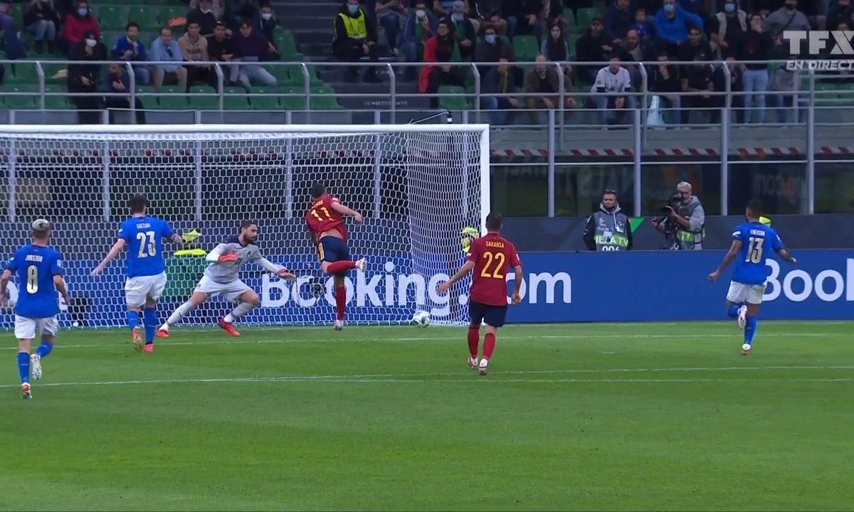 Italie - Espagne (0 - 1) : le but de Ferran Torres