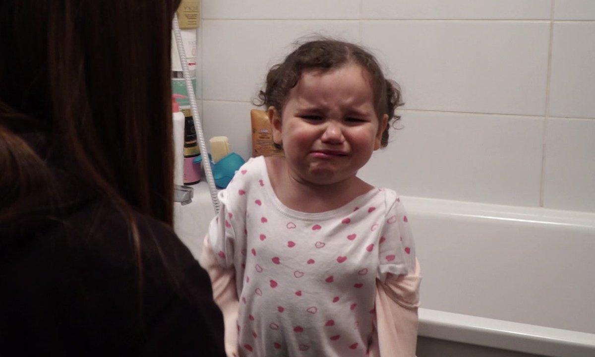 Jenna fête ses 2 ans mais refuse de porter une robe !