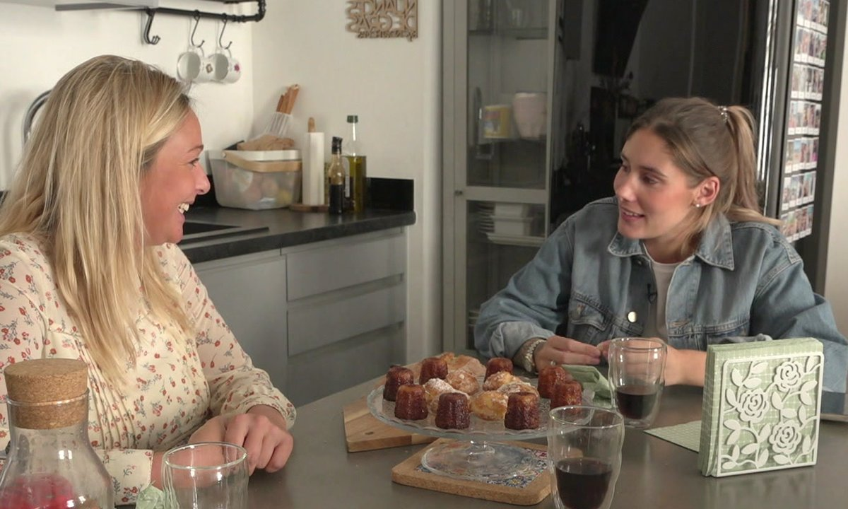 Jesta raconte (en détail) son accouchement à Cindy