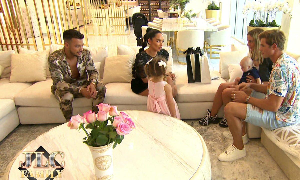 JLC Family - Hillary, Milo et Giovanni font une visite surprise