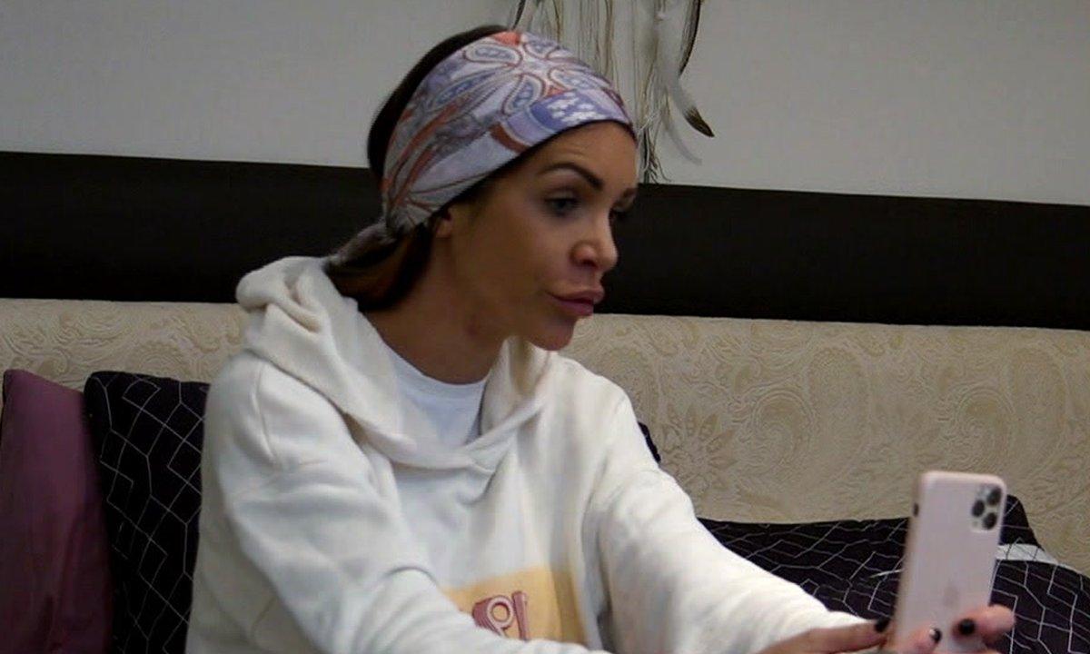 Julia se sépare du papa de Luna dans l'épisode 13 de Mamans & célèbres