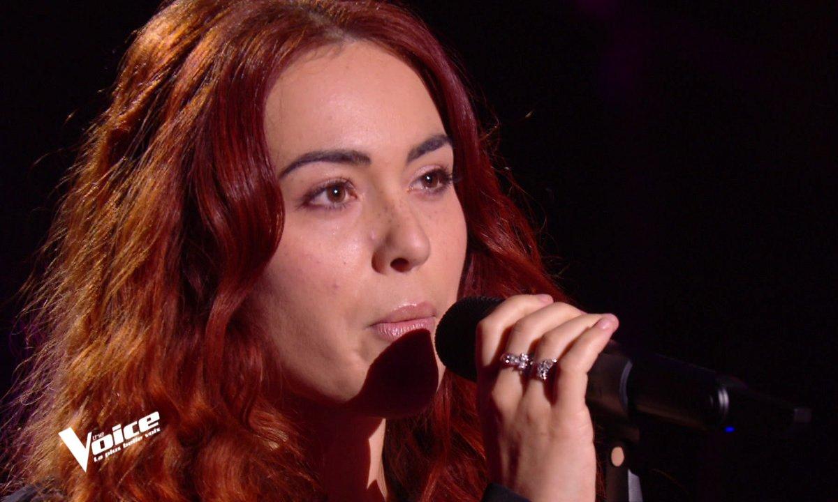 """The Voice 2021 - Julie chante """"Believe"""" de Cher"""