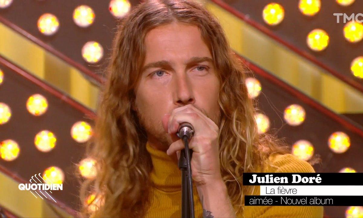 """Julien Doré : """"La Fièvre"""" en live pour Quotidien"""