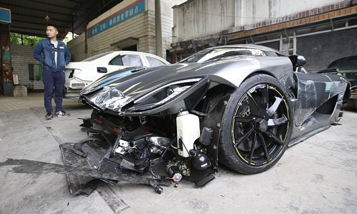 Une Koenigsegg Agera R accidentée en Chine