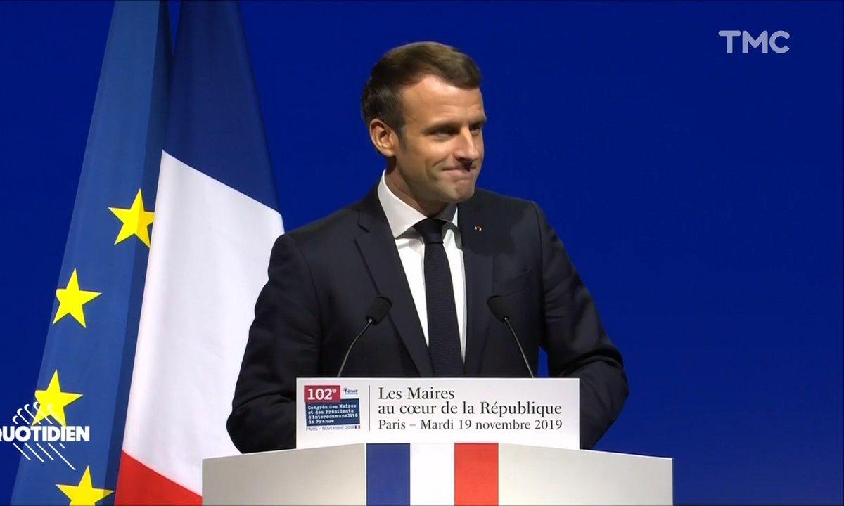 L'assourdissant silence à l'arrivée d'Emmanuel Macron au Congrès des Maires de France