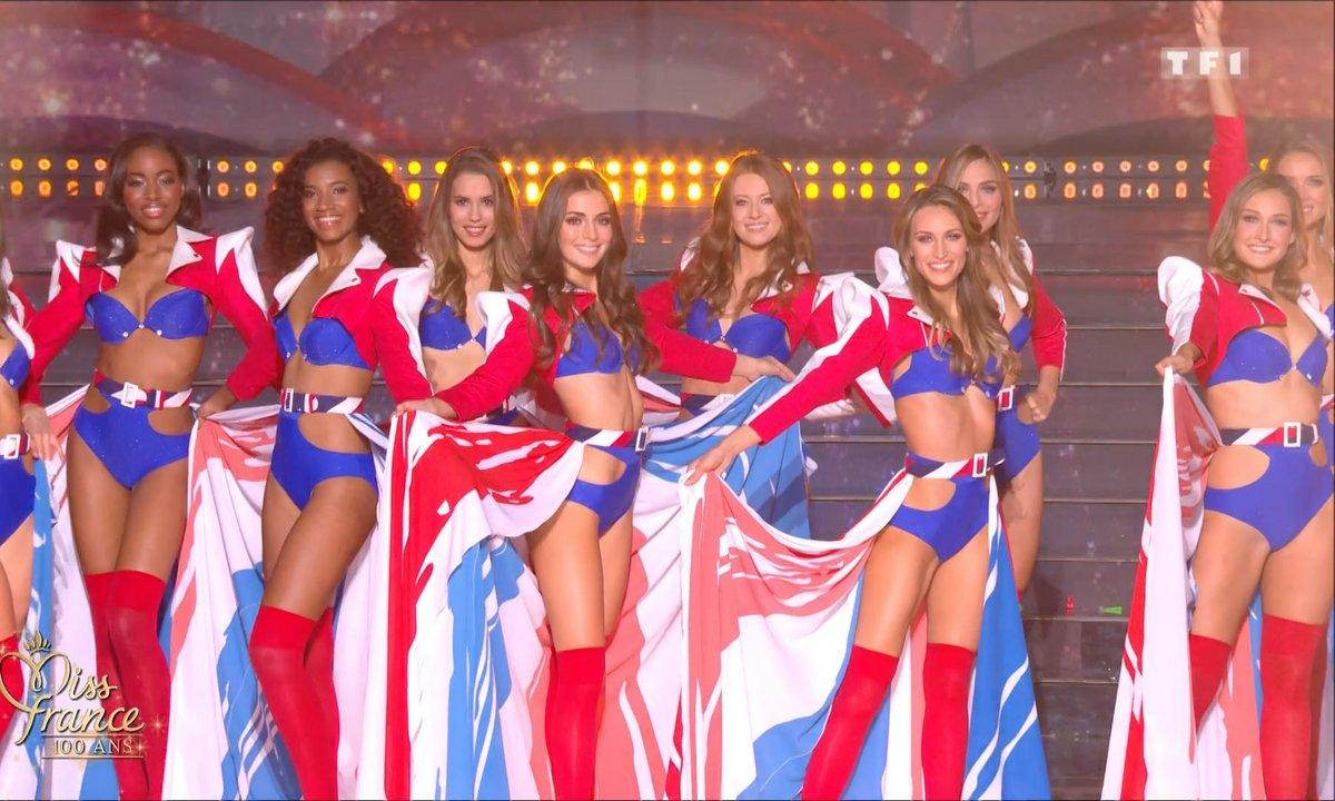 Les Miss en bikini bleu-blanc-rouge - Miss France 2021