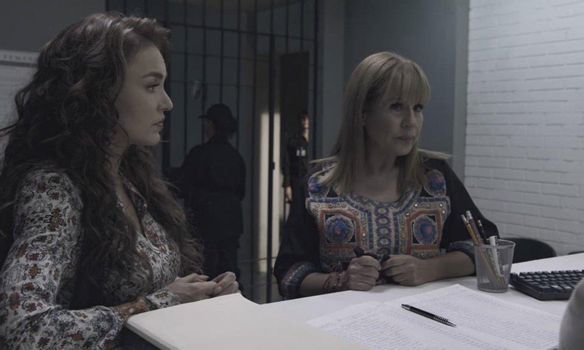 Les trois visages d'Ana - S01 E108