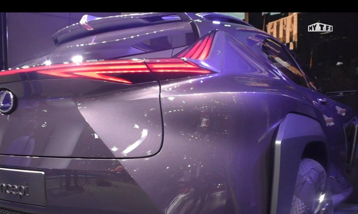 Mondial de l'Auto 2016 : Lexus UX Concept, le Q2 en ligne de mire