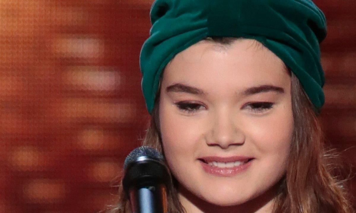 """THE VOICE 2020 - Louise Combier chante """"Ton héritage"""" de Benjamin Biolay"""