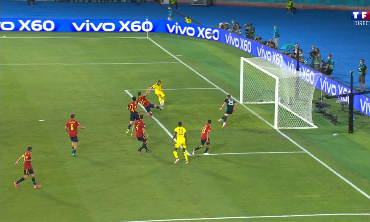 Espagne - Suède (0 - 0) : Voir l'incroyable loupé de Berg en vidéo