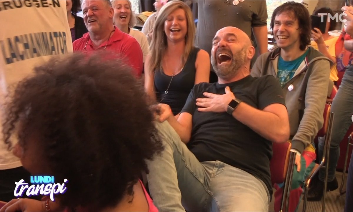 Lundi Transpi : on a testé le Yoga du rire