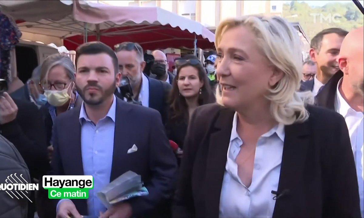 """Marine Le Pen """"échange"""" avec les Français… en les ignorant"""